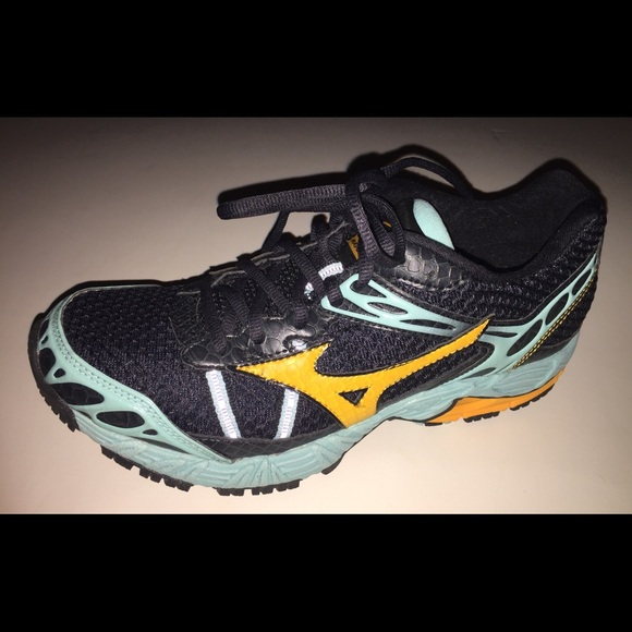 mizuno wave ascend 7 sale